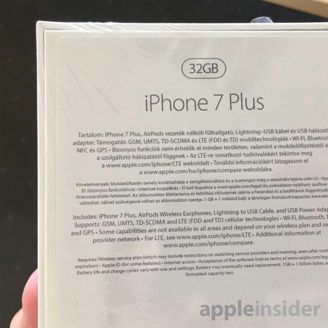 iPhone 7 Plus Kutu görüntüsü içinde Kablosuz kulaklık Air Pods Görüldü