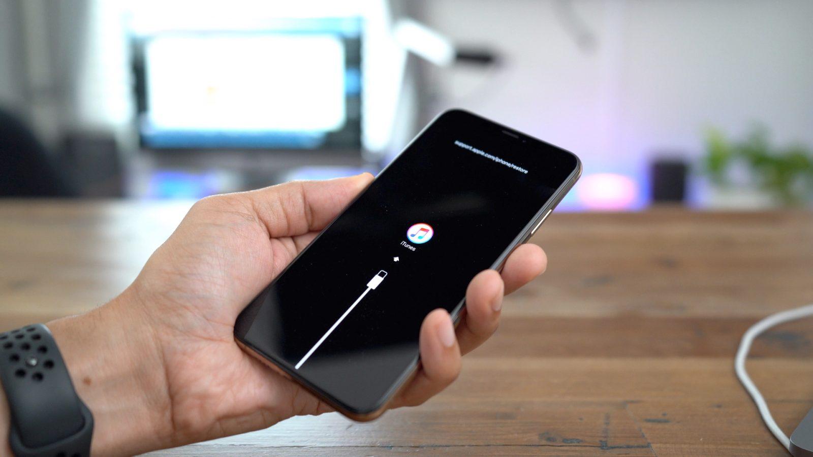 iPhone XR, iPhone XS ve iPhone XS Max Reset Atma Yöntemi